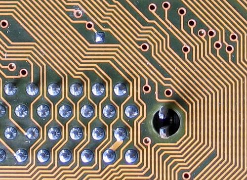 Labyrinthine circuit board lines by Karl-Ludwig G. Poggemann (made available under a CC-by licence)